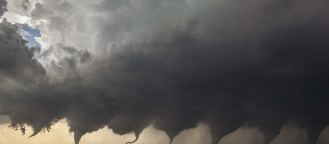 Evolution_of_a_Tornado